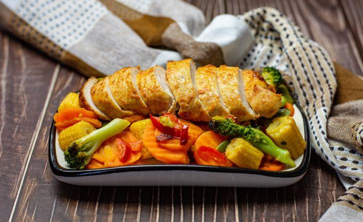 Kanafileest grillsteigid köögiviljavokiga (low carb)